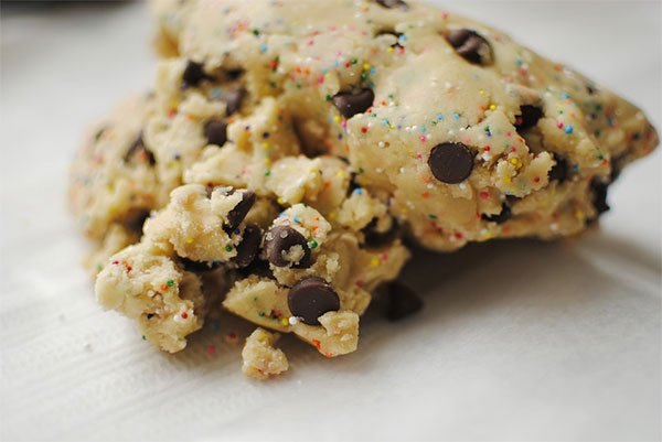 Delicious crumbly cookie dough